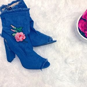 DENIM BOOTIES WITH PINK AND RED ROSE PATCH